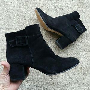Saks Fifth Avenue 'ELLIE' black suede booties 11